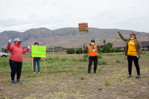 Washington Fruit Packers Protest Working Conditions Amid COVID-19 Pandemic